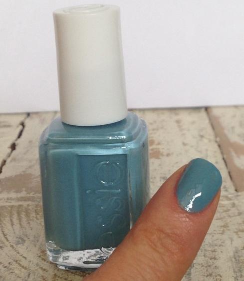 Essie Azul